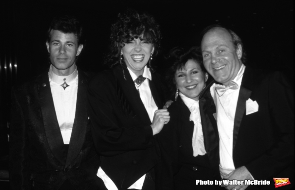 The Manhattan Transfer: Alan Paul, Cheryl Bentyne, Janis Siegel & Tim Hauser in New York City in 1988