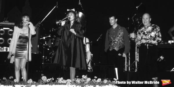 Manhattan Transfer: Cheryl Bentyne, Janis Siegel, Alan Paul and Tim Hauser performing at Walt Disney World in Orlando Florida 1995.