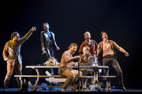 Photos: First Look at Adam Grabau, Mary McNulty and More in the National Tour of CAMELOT
