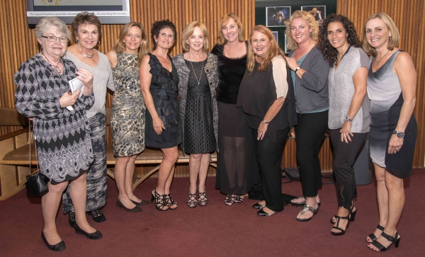 Linda Purl with Heather Singarella (center), and friends Darlys Gabrielson, Patti Chalmers, Karen Thorp, Shideh Soleimany, Wendy Bollman, Andria Strelow, Dianna Boulos and Nancy Fries.