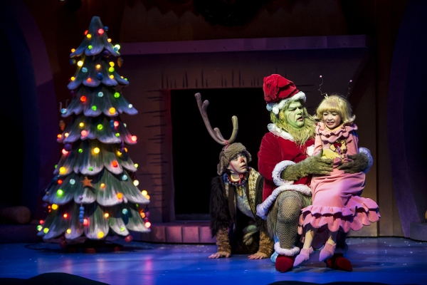 Flash: CTC's HOW THE GRINCH STOLE CHRISTMAS Begins Tonight