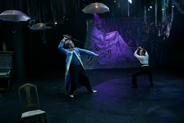Conner Neddersen as Feste, Mike Dooly as Sir Toby, George Mount as Sir Andrew, and Da Photo