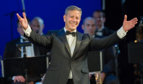 Fred Barton (arranger, conductor, producer)