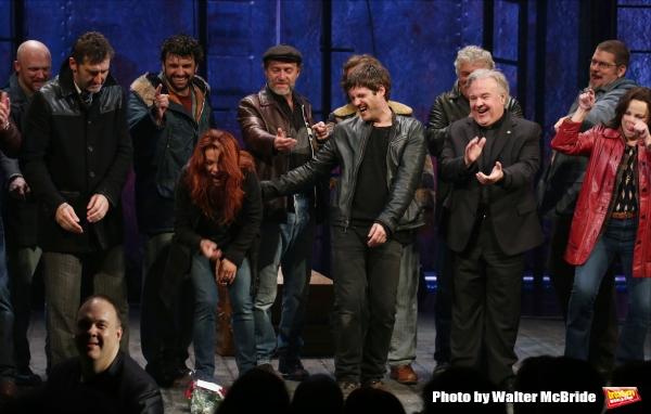Jimmy Nail, Rachel Tucker, Michael Esper, Fred Applegate, Sally Ann Triplett with cast