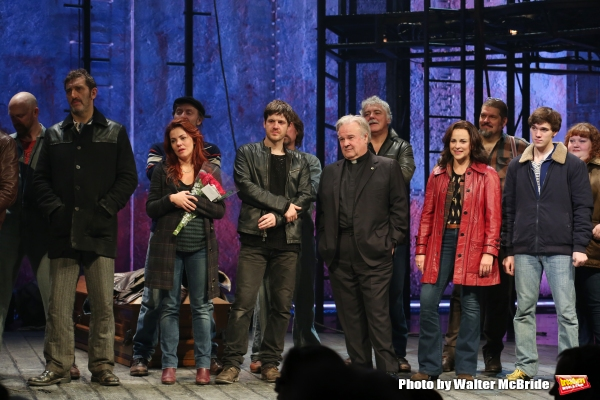 Jimmy Nail, Rachel Tucker, Michael Esper, Fred Applegate, Sally Ann Triplett and Collin Kelly- Sordelet with cast