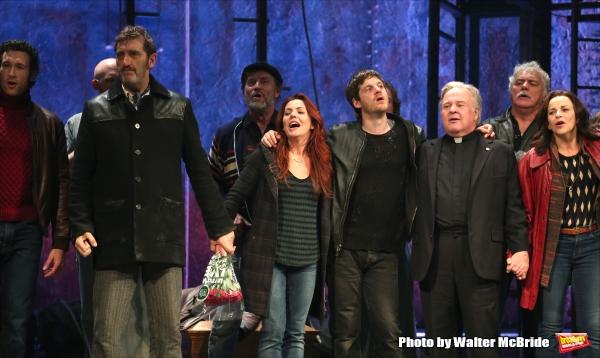 Aaron Lazar, Jimmy Nail, Rachel Tucker, Michael Esper, Fred Applegate, Sally Ann Triplett  with cast