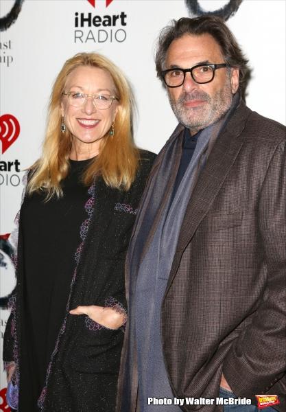 Patricia Wettig and Ken Olin