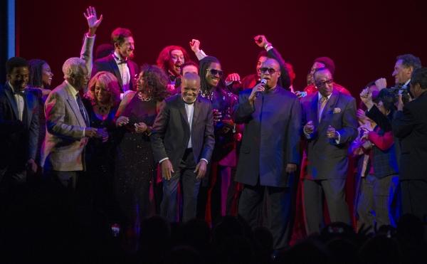 Berry Gordy, Stevie Wonder & Cast Photo