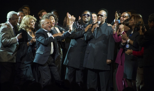Berry Gordy, Elijah Ahmad Lewis, Stevie Wonder & Cast