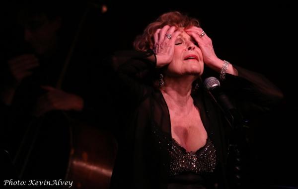 Photo Flash: Anita Gillette Premieres New Show at Birdland