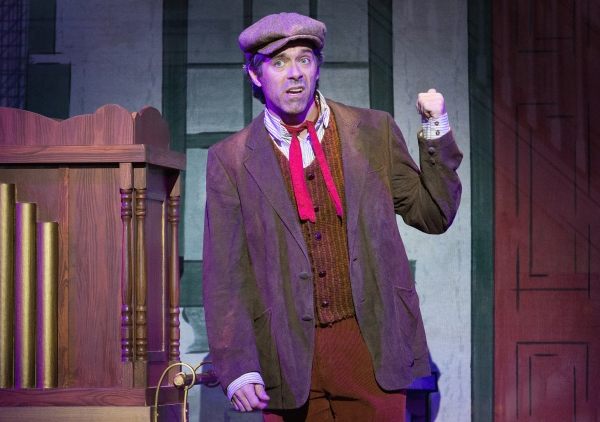 Photo Flash: First Look at Walnut Street's MARY POPPINS