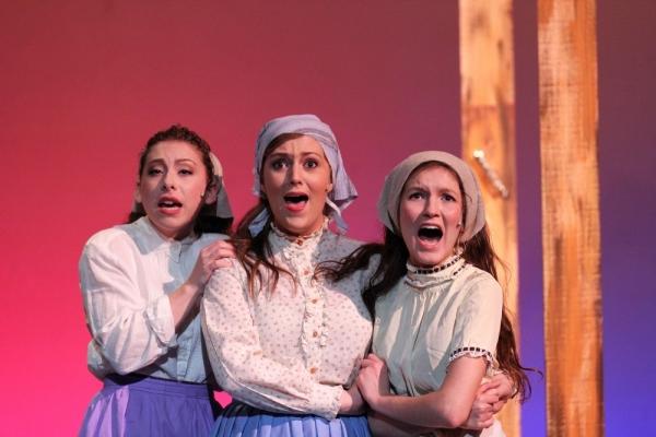 Daina Goldenberg as Hodel, Lindsay Powers as Tzeitel, and Walker Caplan as Chava Photo