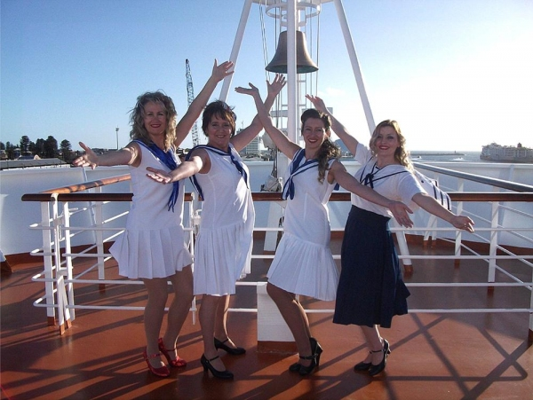 Photo Flash: First Look- Limelight's ANYTHING GOES