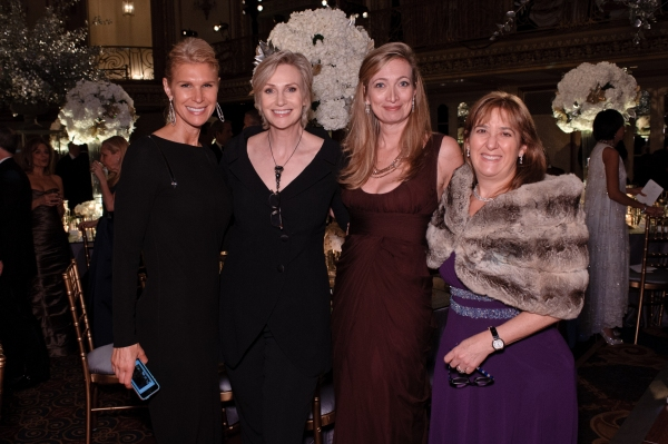 Ann Jones, Jane Lynch, Stephanie Fisher, and Sara Crown Star