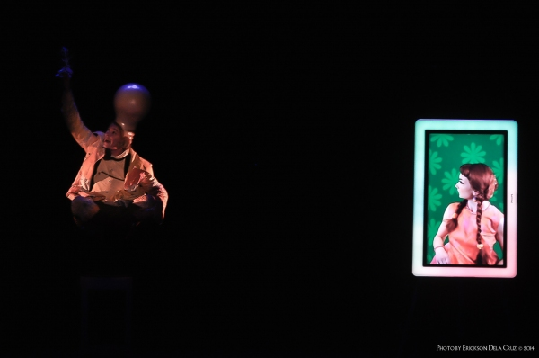 Photo Coverage: Off-Broadway's WALLY WATTHEAD AND HIS LOST GLOW Runs at PETA Theater Center Until 11/23