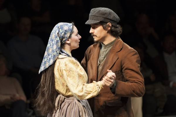 Photo Flash First Look At The Arena Stage S Fiddler On