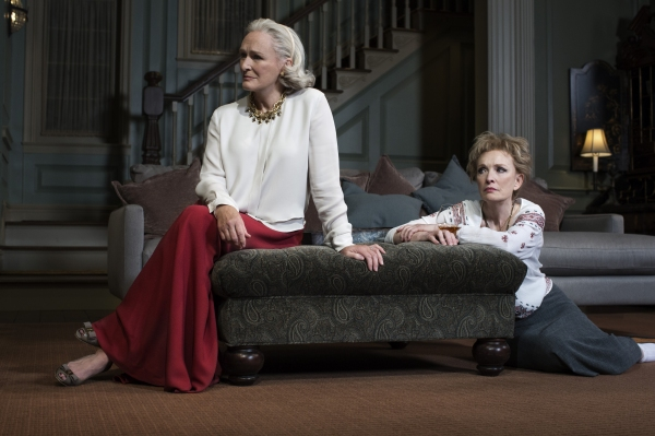 Glenn Close and Lindsay Duncan