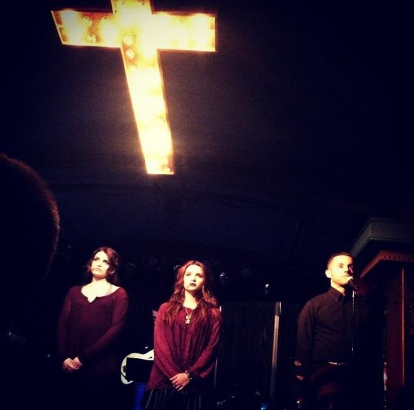 Katie Stevens, Lindsay Pearce & John Griffin Photo