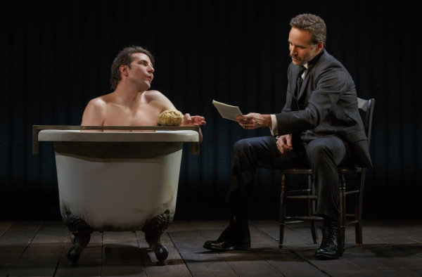 Bradley Cooper, Allesandro Nivola