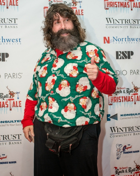 Photo Flash: DEE SNIDER'S ROCK & ROLL CHRISTMAS TALE Celebrates Opening Night in Chicago