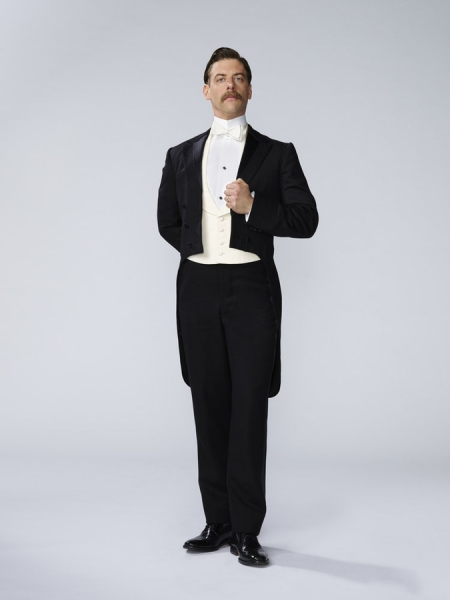 PETER PAN LIVE! -- Season: 2014 -- Pictured: Christian Borle as Mr. Darling -- (Photo by: Patrick Randak/NBC)
