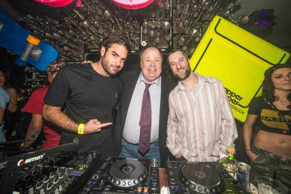 Dustin Diamond and Dennis Haskins with DJ Julian Ingrosso