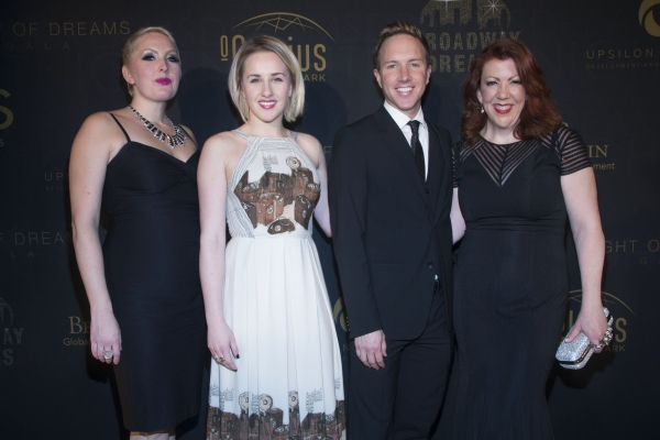 Natalie Joy Johnson, Jeanna de Waal, Paul Canaan and Jen Perry from KINKY BOOTS