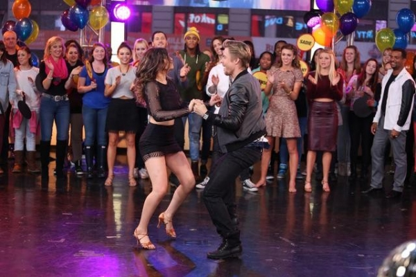 GOOD MORNING AMERICA - The finalists and winners of this season''s ''Dancing With The Stars'' join the After Party at GOOD MORNING AMERICA, 11/26/14, airing on the ABC Television Network.   (ABC/Fred Lee)  BETHANY MOTA, DEREK HOUGH