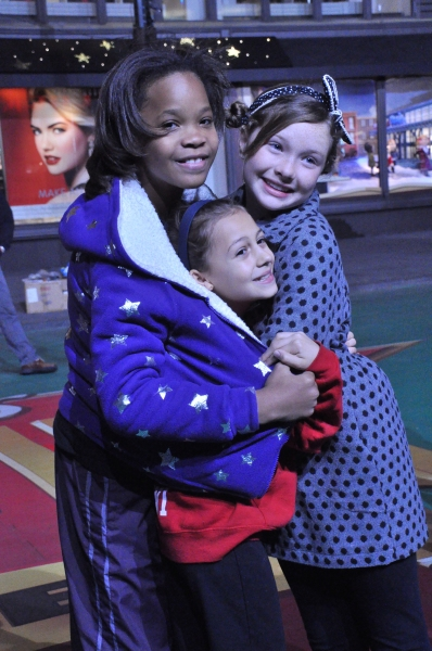 Quvenzhane Wallis and members of the cast of Annie