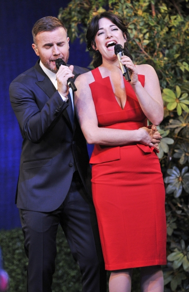 Photos: Inside FINDING NEVERLAND's GMA Performance with Laura Michelle Kelly, Gary Barlow & More!