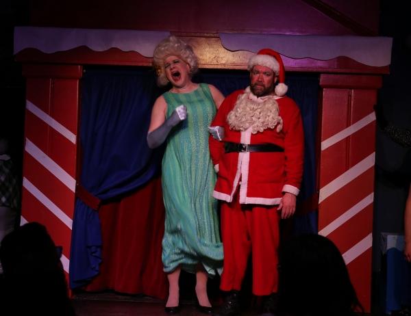 Santa''s wife, Ruth (Ed Jones), humiliates Santa (Michael Hampton) on national television