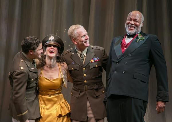 Claudio (Charles Pasternak), Hero (Susan Maris), Don Pedro (John Hickok), and Leonato (Raphael Nash Thompson