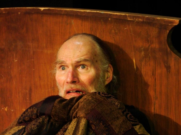 Photo Flash: First Look- John Stevens Stars in A CHRISTMAS CAROL at Theatre Southwest