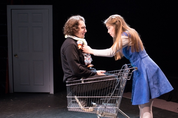 Johnny Smith (as The Baby), Emiley Kiser (as Alice)