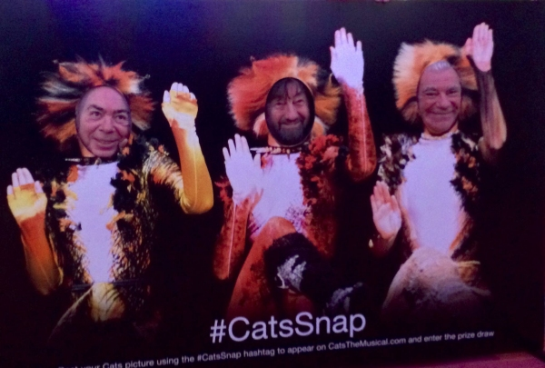 Photo Flash: Andrew Lloyd Webber and CATS Creative Team Pose for #CatsSnap!