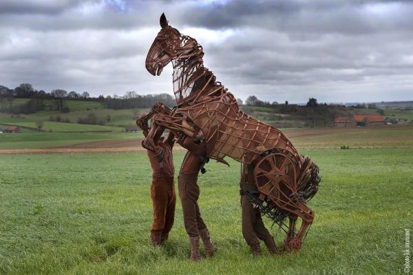 Photo Flash: WAR HORSE Author Michael Morpurgo & 'Joey' Visit Ypres
