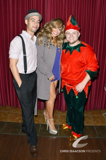Photo Flash: Upright Cabaret's 9th Annual A BROADWAY CHRISTMAS with Nick Adams, Bruce Vilanch & More