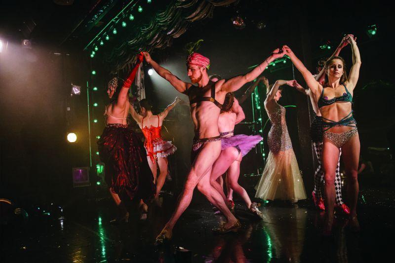 BWW Reviews:  NUTCRACKER ROUGE Savors Erotic Intimacy