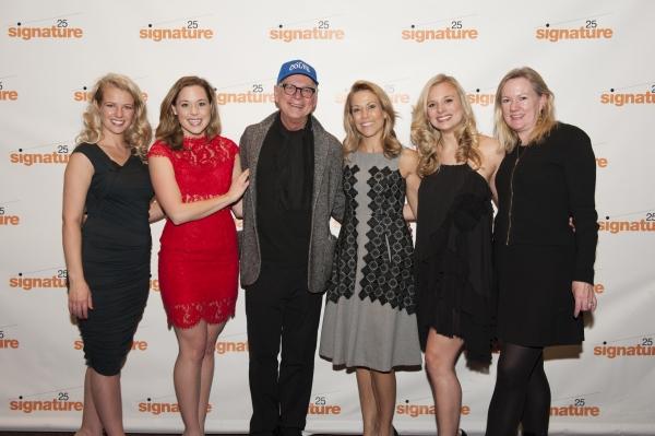 Whitney Bashor (Barbara), Erika Henningsen (Beth), Barry Levinson, Sheryl Crow, Tess Soltau (Elyse), and Kathleen Marshall