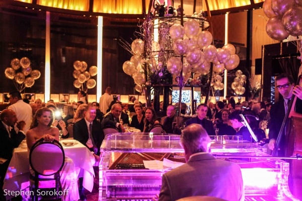 Photo Coverage: Neil Sedaka Sings in 2015 with A PIANO AT LE CIRQUE