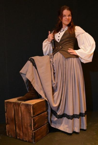 Kelly Mengelkoch as Meg