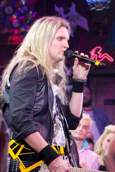 Photo Coverage Rockers Unite Rock Of Ages Casts Of Past