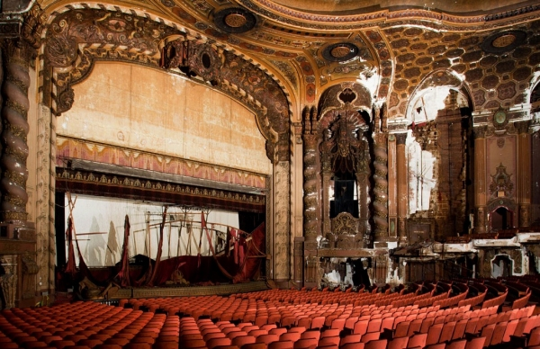 Photo Flash: Before and After the Restoration of Brooklyn's Historic Kings Theatre!