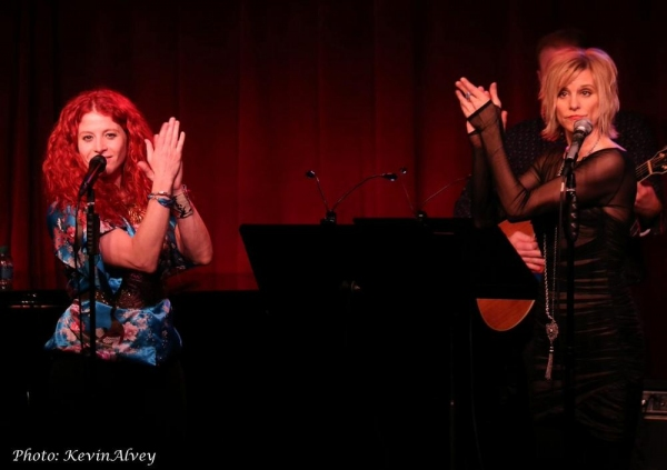 Photo Flash: Nina Storey and Jenn Colella Perform at Birdland