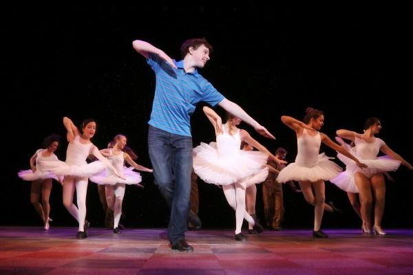Sam Faulkner & Ballet Girls Photo