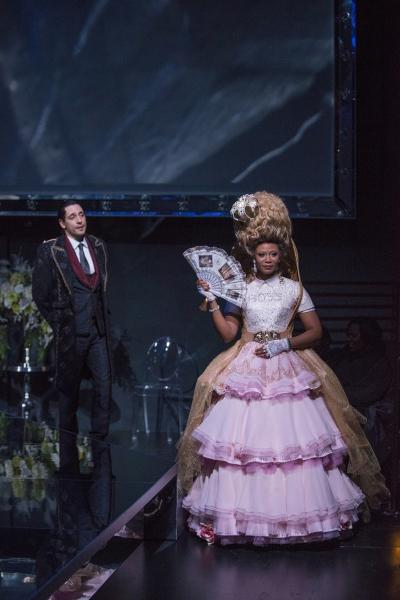 Ariel Shafir (Axel Fersen) and ensemble member Alana Arenas