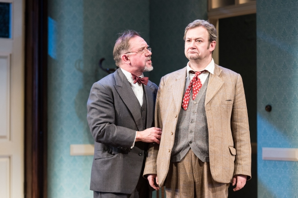David Bamber as William R. Chumley and James Dreyfus as Elwood P. Dowd