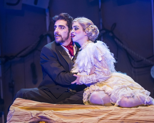 Andrew Ableson (Macheath) and Marisa Duchowny (Polly Peachum)