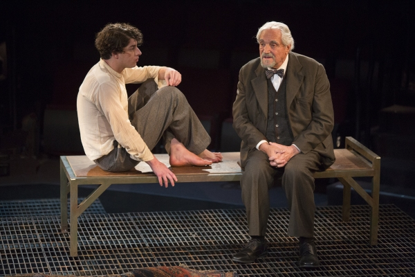Eli Gelb as Pinchas Pelovits and Hal Linden as Yevgeny Zunser