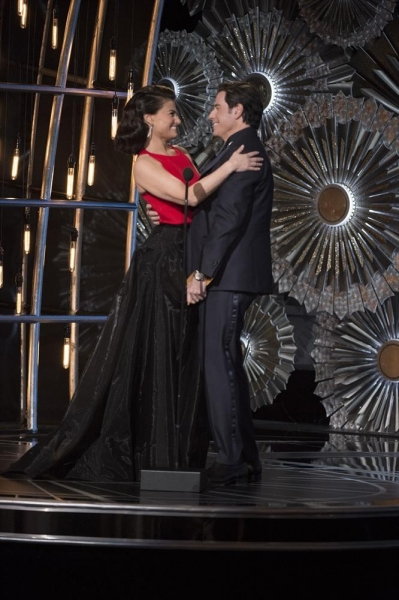 THE OSCARS(r) - THEATRE - The 87th Oscars, held on Sunday, February 22, 2015, at the Dolby Theatre(r) at Hollywood & Highland Center(r), are televised live on the ABC Television Network at 7 p.m., ET/4 p.m., PT. (A.M.P.A.S.(r)/Michael Yada)IDINA MENZEL, J